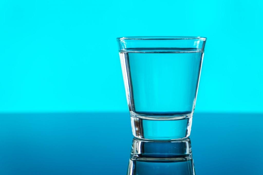 Igyon tiszta vizet minden nap, vízdesztilláló használatával